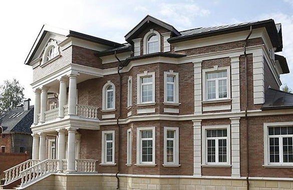 Декорирование фасада частного дома с помощью Престиж Декор
