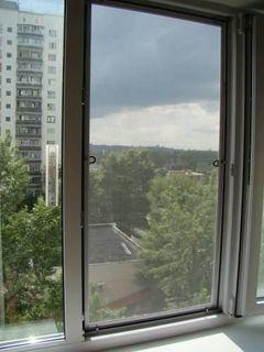Антимоскитная сетка на окна белая